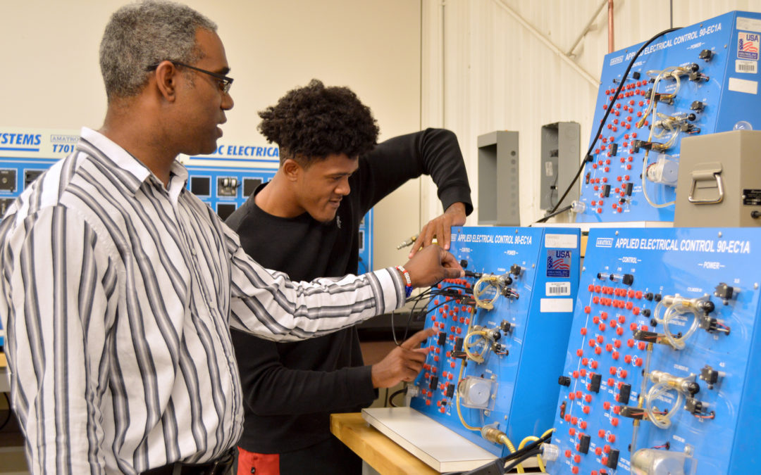 Galveston College Welcomes New Electronics Instructor